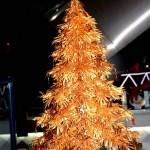 Cây thông Noel vàng nguyên chất giá nửa tỷ đồng tại Việt Nam